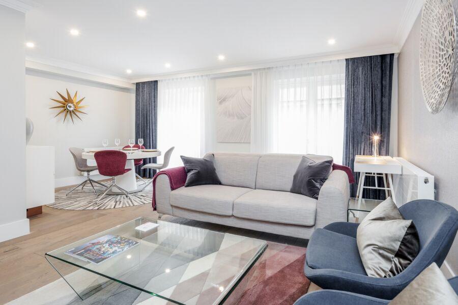 Mayfair Mews Apartments - Mayfair, Central London