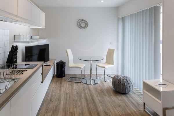 Dining Area, Devonshire Road Serviced Apartments, Cambridge