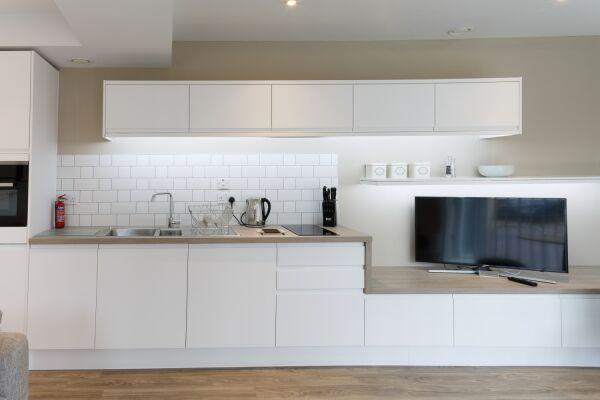 Kitchen, Devonshire Road Serviced Apartments, Cambridge