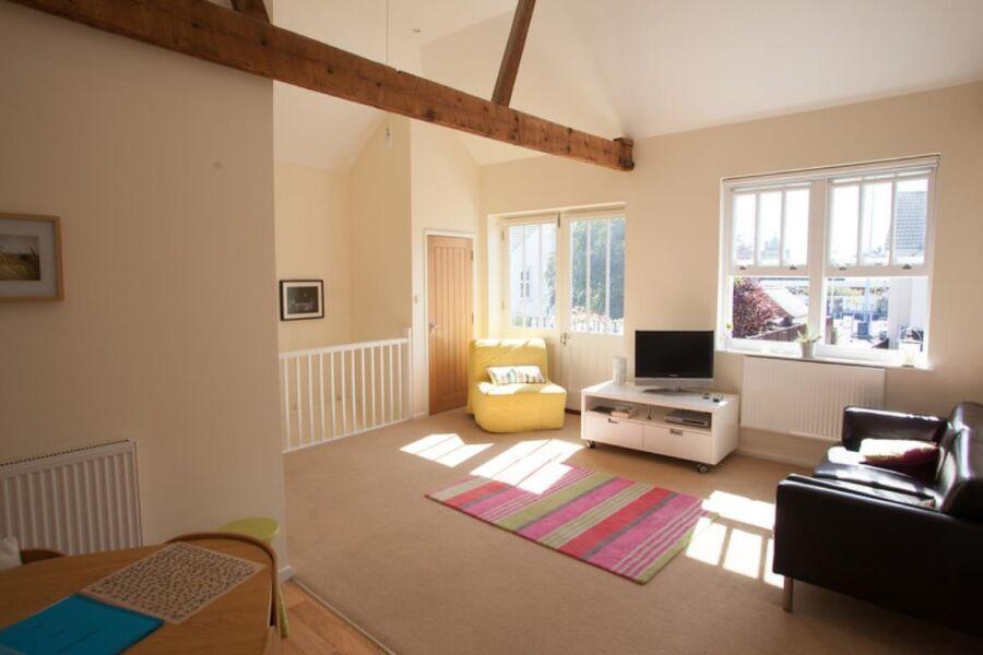 Southcourt Apartment - Worthing, United Kingdom