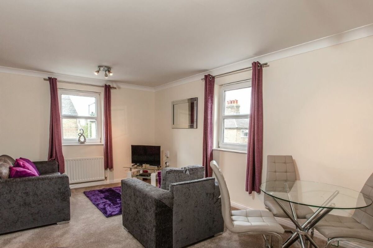 Living and Dining Area, Primrose Hill Serviced Apartment, Chelmsford