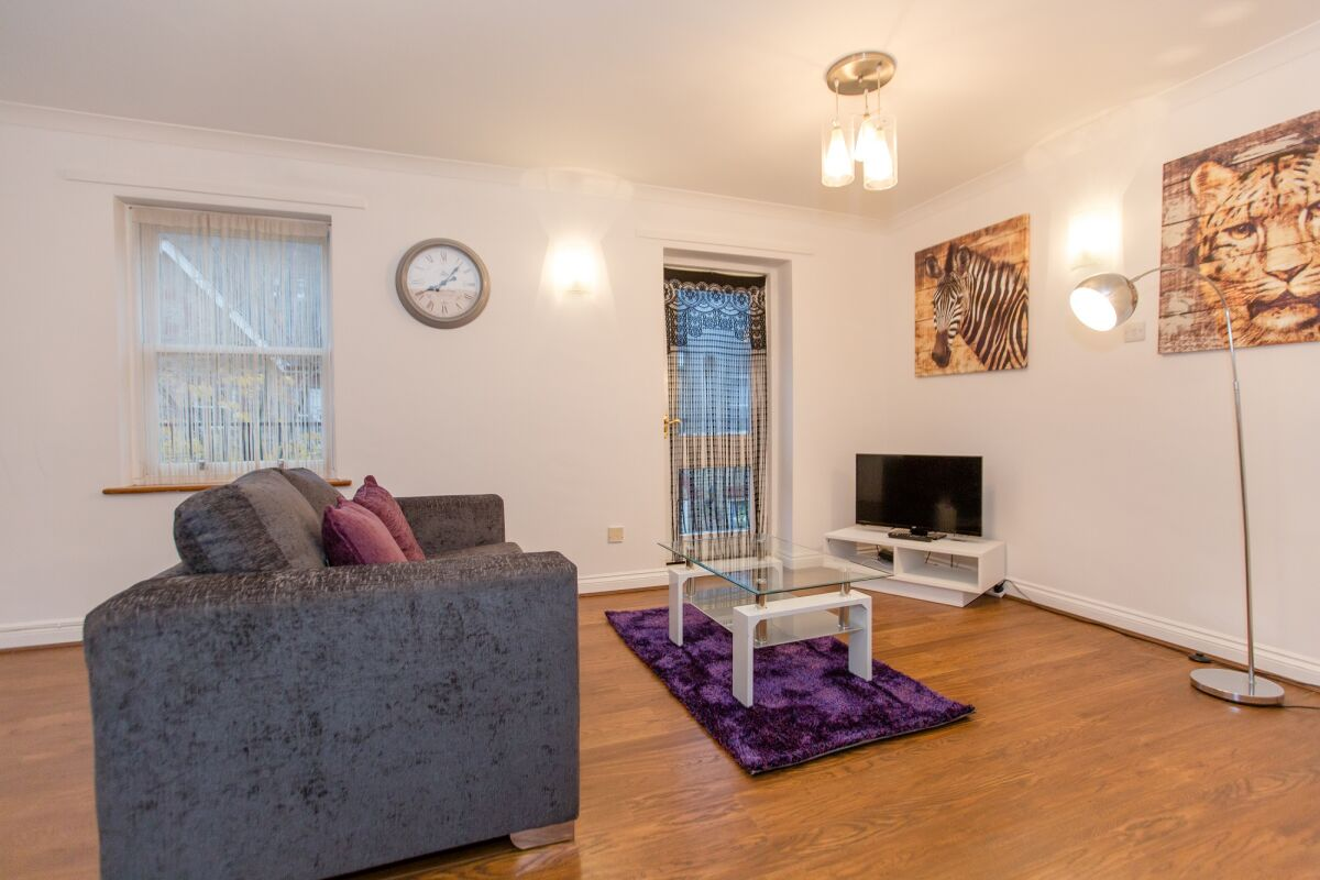 Living Area, Mews Serviced Apartment, Chelmsford