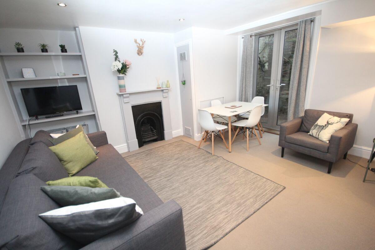 Living Area, The Jephson Serviced Apartment, Leamington Spa