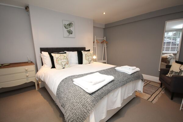 Bedroom, The Jephson Serviced Apartment, Leamington Spa