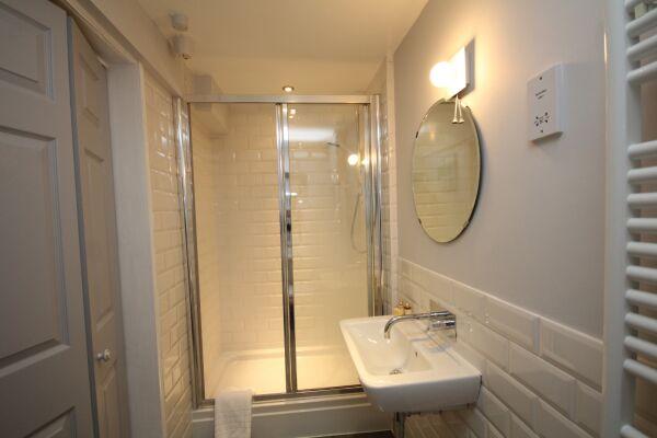 Bathroom, The Jephson Serviced Apartment, Leamington Spa