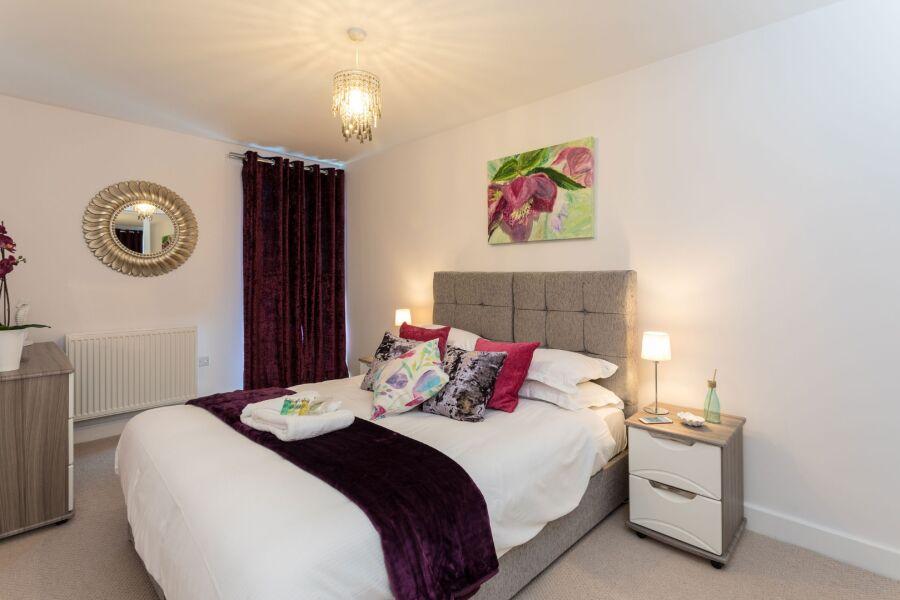 Kings Keep Apartment - Redhill, United Kingdom