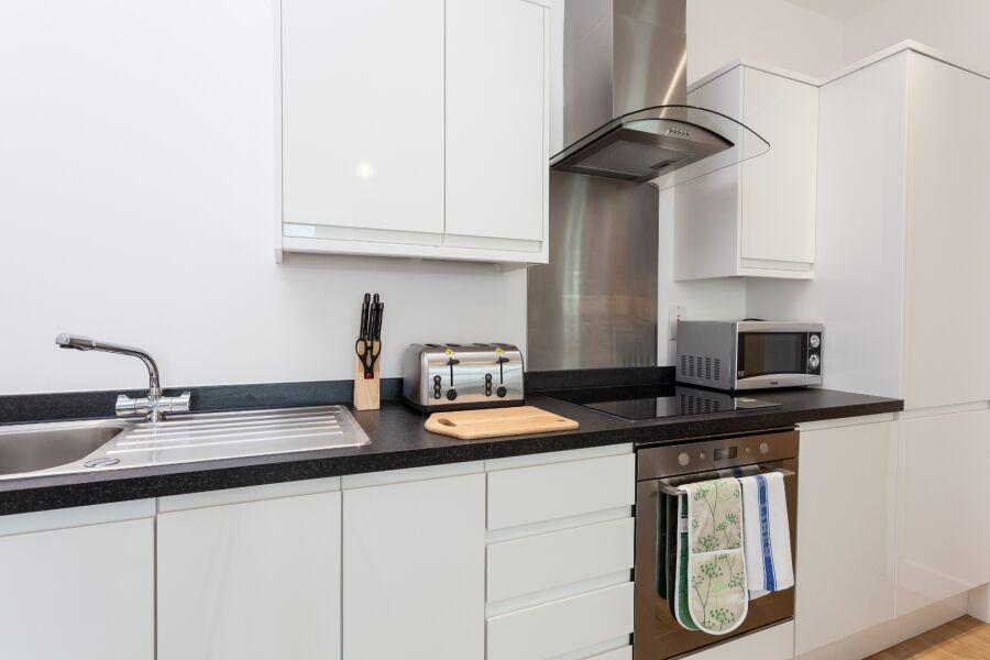 Queens Lodge Apartment - Redhill, United Kingdom