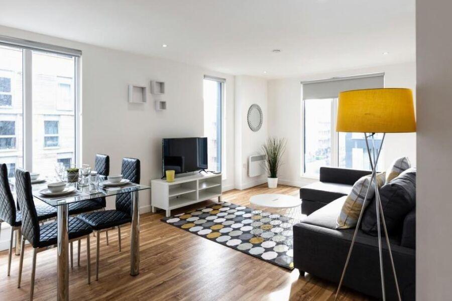 Elmira Way Apartments - Manchester, United Kingdom