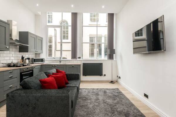 Kitchen and Living Area, Liverpool Serviced Apartments, Liverpool