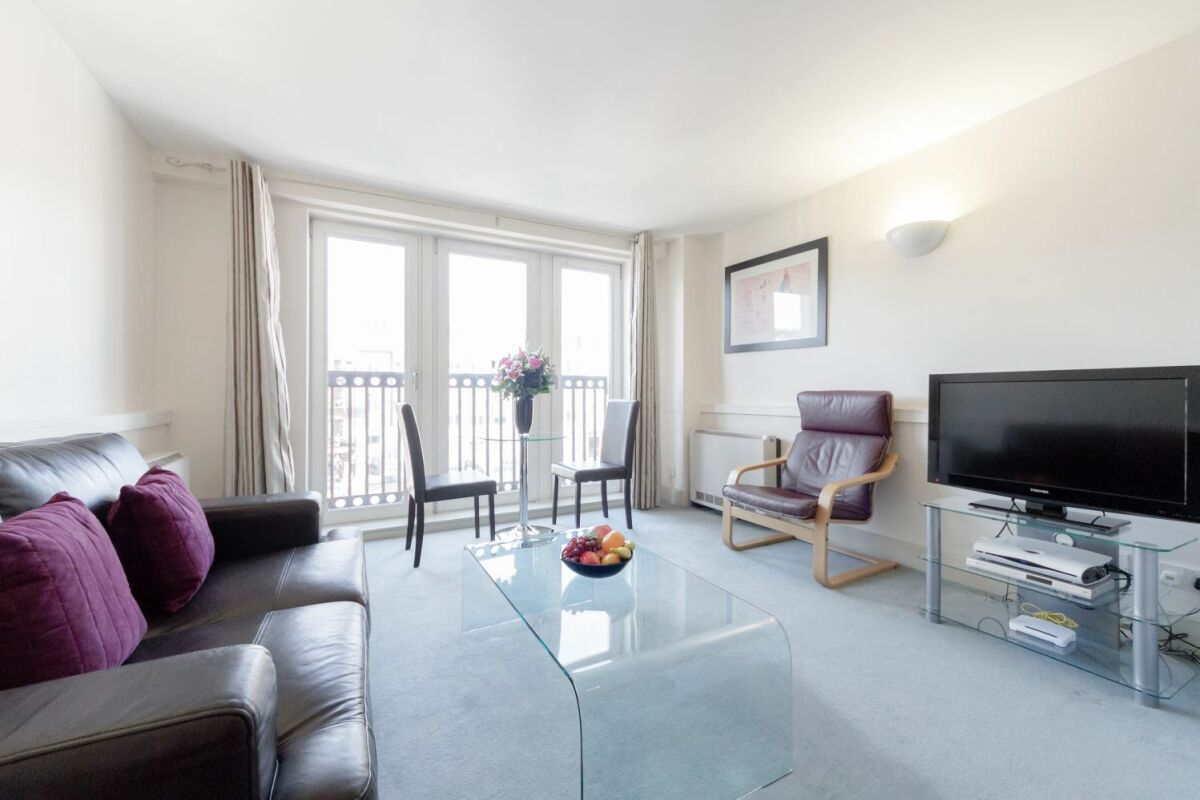 Living Area, Cramer House Serviced Apartment, Marylebone, London