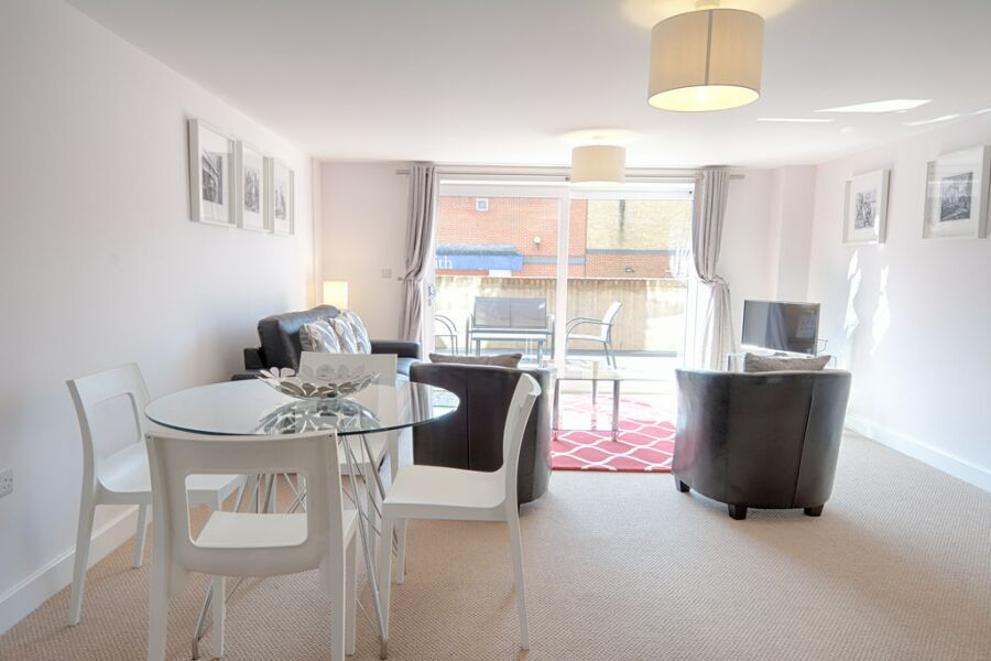 Bradley Court Apartments - Camberley, United Kingdom