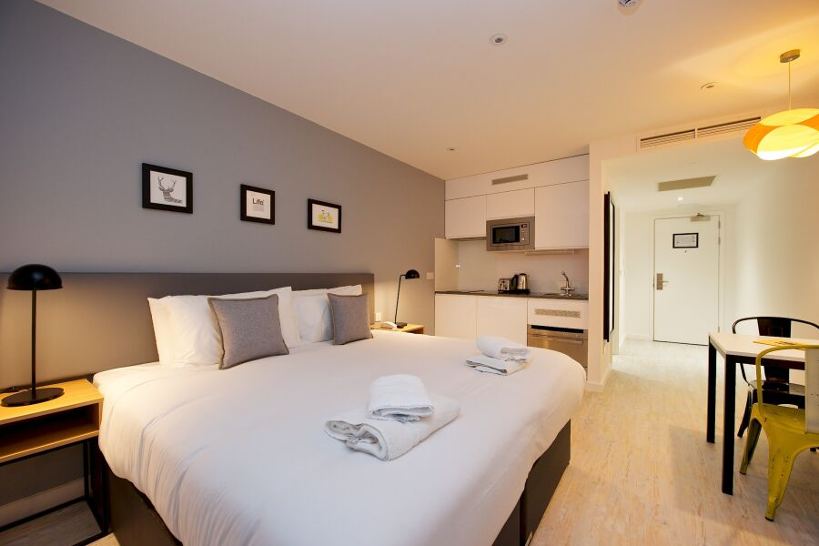 Staycity London Heathrow Apartments  - Heathrow Airport, West London