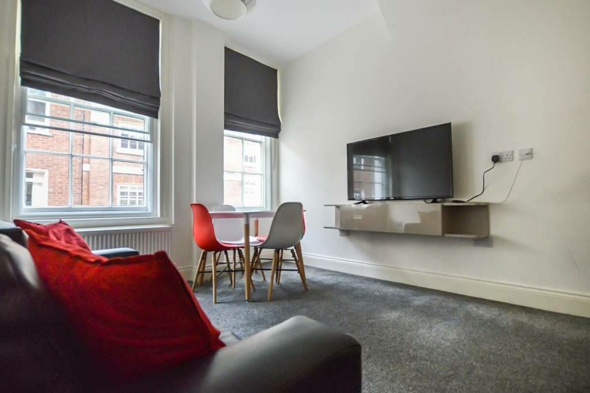 Living dining area, 31 Friar Lane Chambers Serviced Accommodation, Leicester