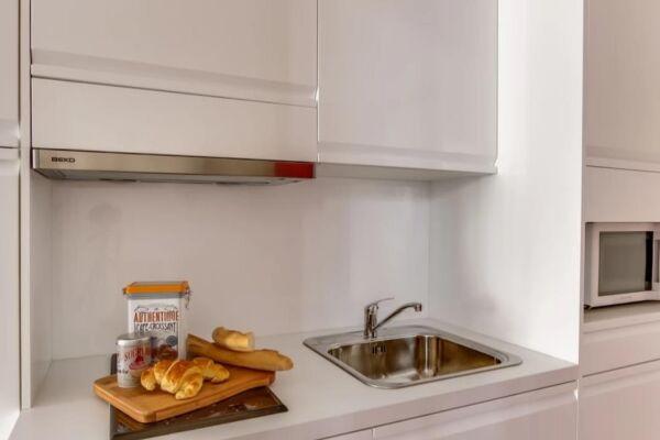 Kitchen, Cygne Serviced Apartment, Paris