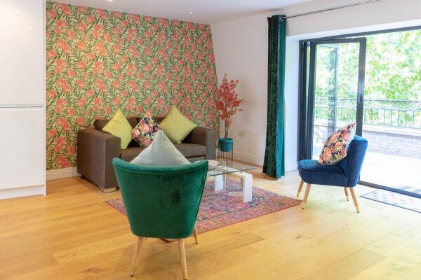 Living Area, Hobbs House Serviced Accommodation, Cambridge