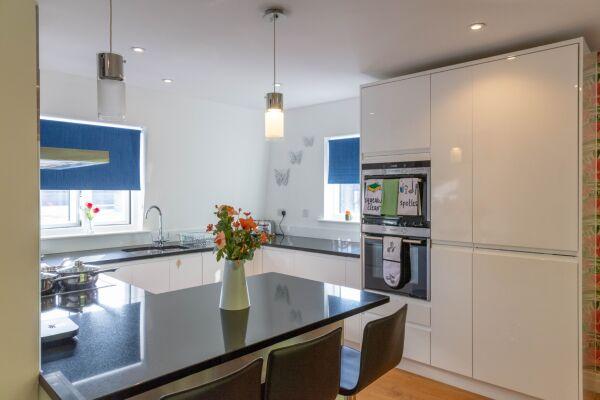 Kitchen, Hobbs House Serviced Accommodation, Cambridge