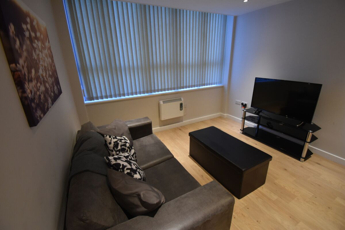 Living Area, Princes Street Serviced Apartment, Ipswich