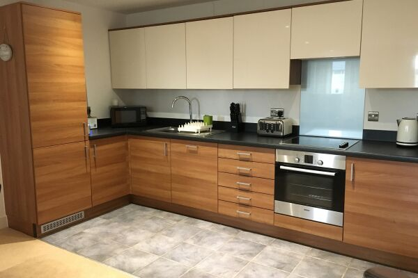 Kitchen, The Cambria Serviced Apartment, Ipswich
