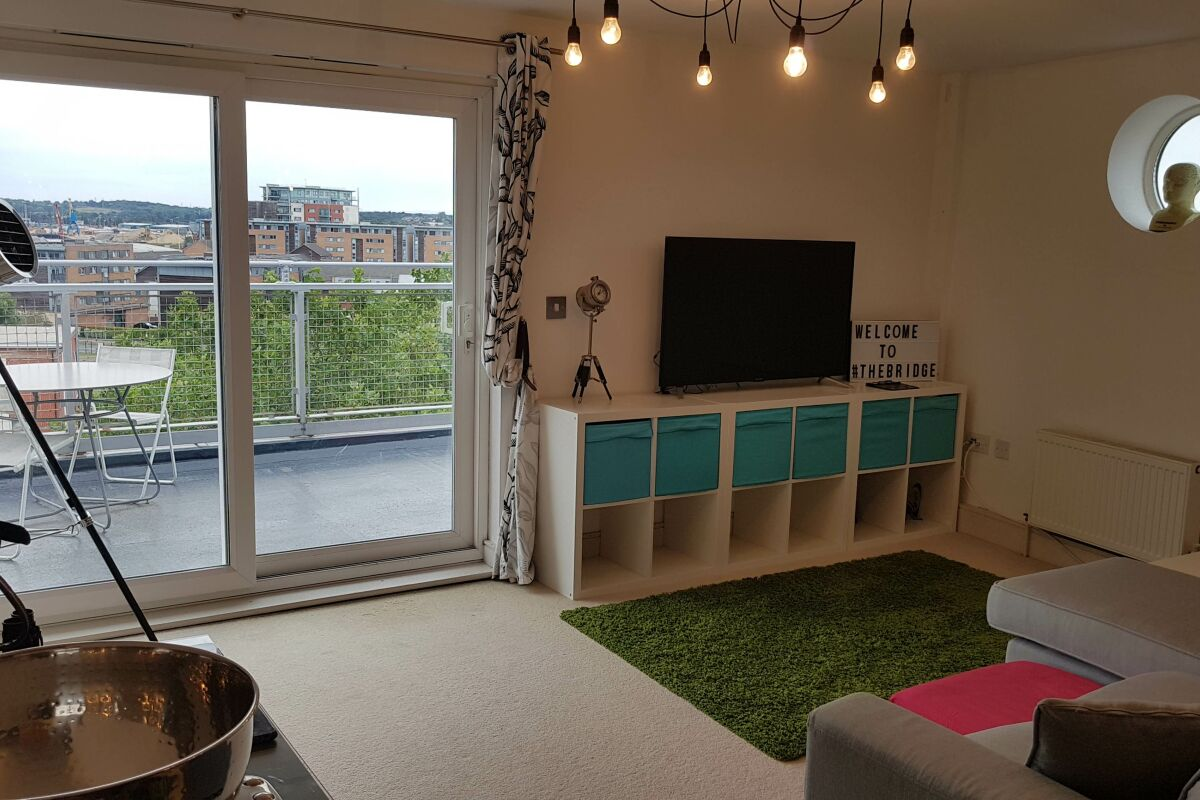 Living Area, Fore Hamlet Serviced Apartment, Ipswich