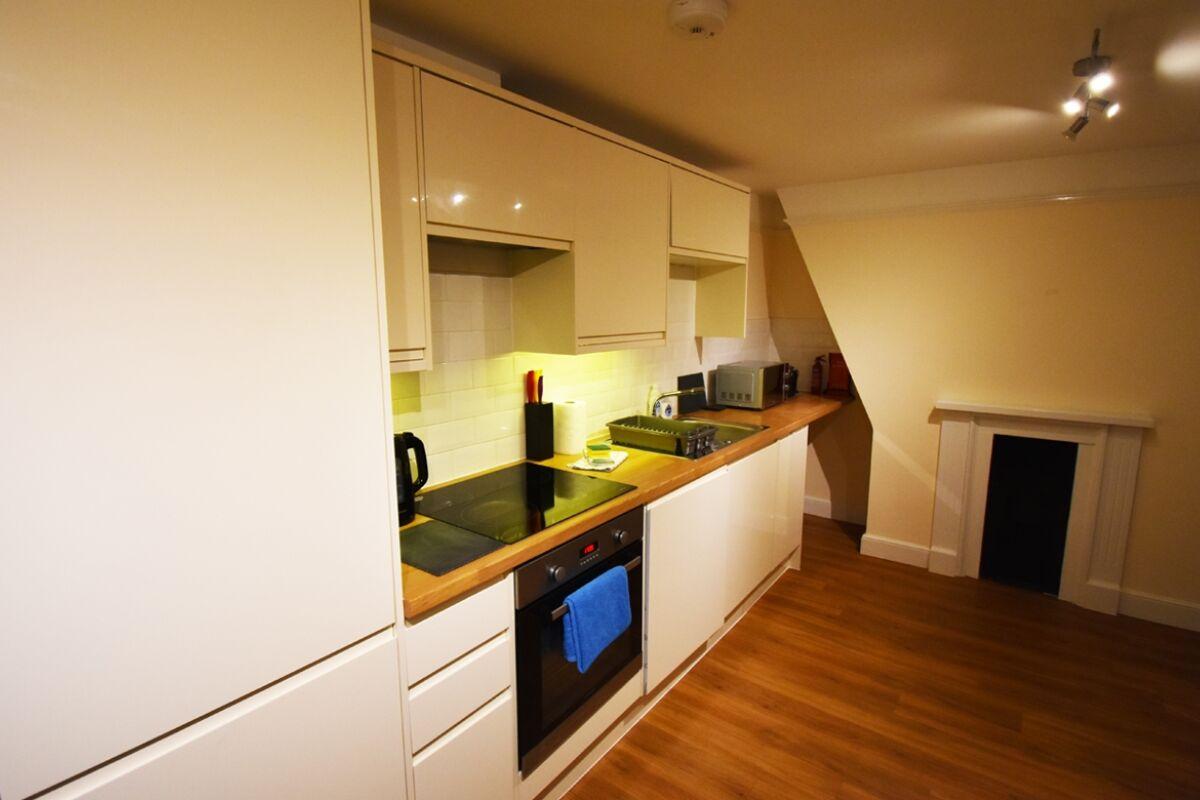 Kitchen, The North Gate Serviced Apartment, Ipswich