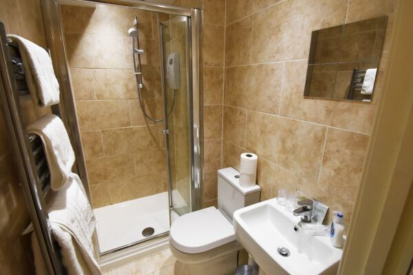 Bathroom, The North Gate Serviced Apartment, Ipswich