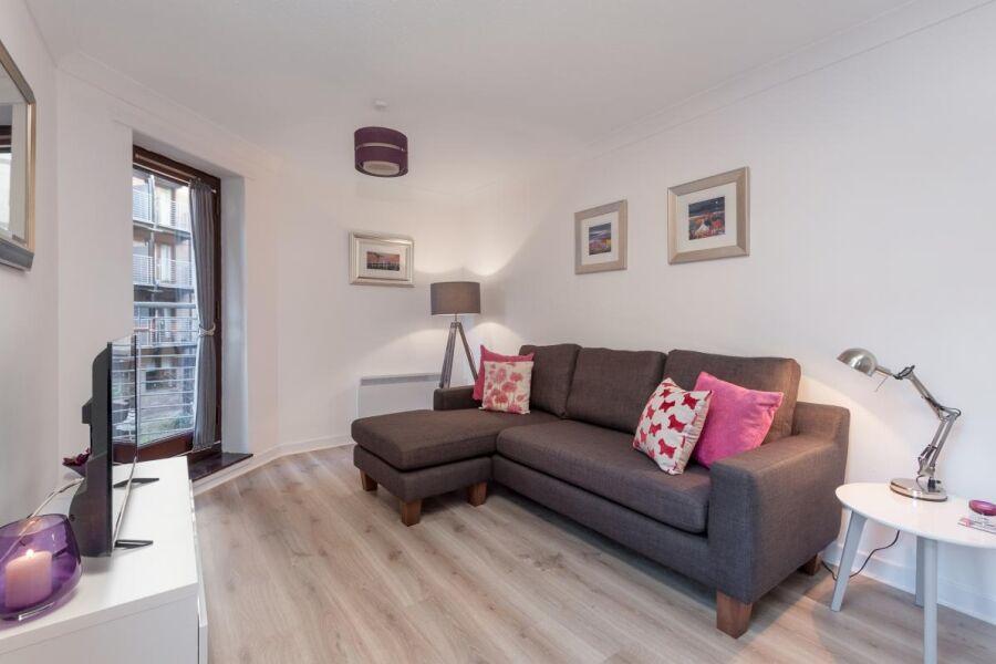 Brown Street Apartment - Glasgow, United Kingdom