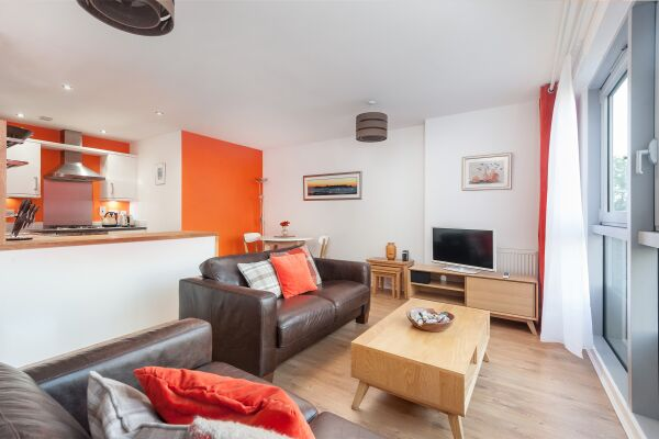 Living Area, Headline Serviced Apartment, Glasgow