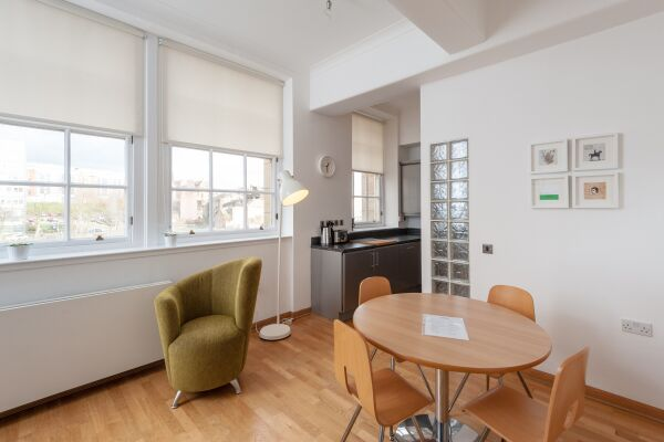 Dining Area, College Street Serviced Apartment, Glasgow
