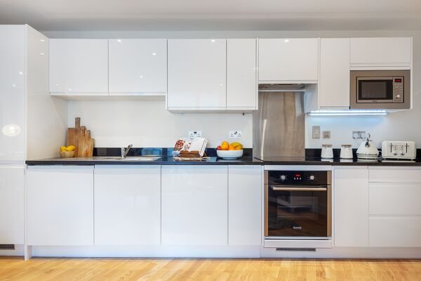 Kitchen, Canary Gateway Serviced Apartments, Limehouse, London