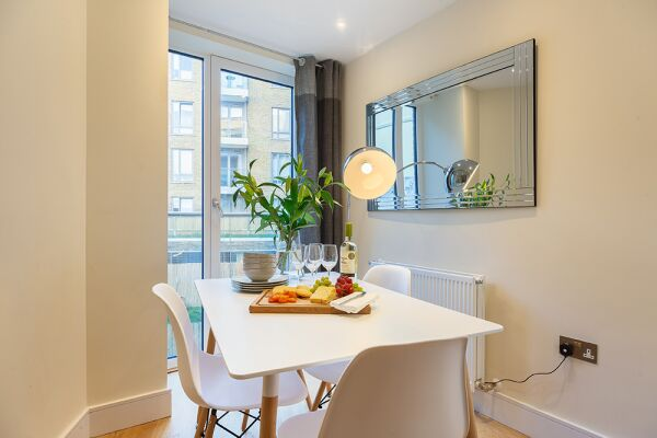 Dining Area, Canary Gateway Serviced Apartments, Limehouse, London