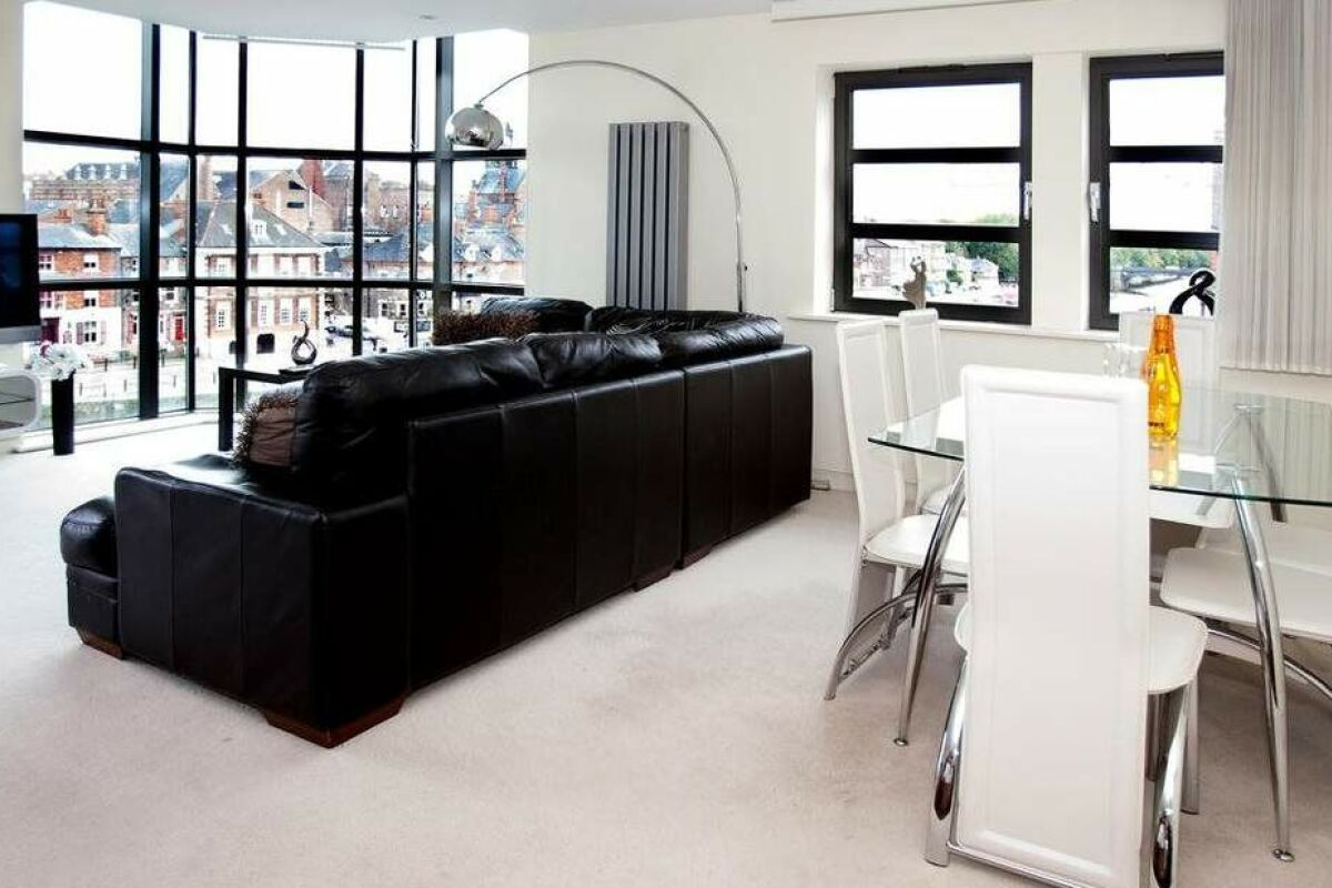 Living Room, Riverside Serviced Apartments, York