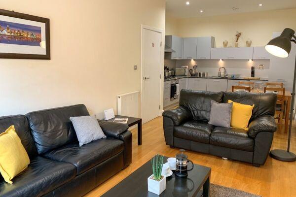 Living room/Kitchen/Dining, Ingram Serviced Apartment, Glasgow