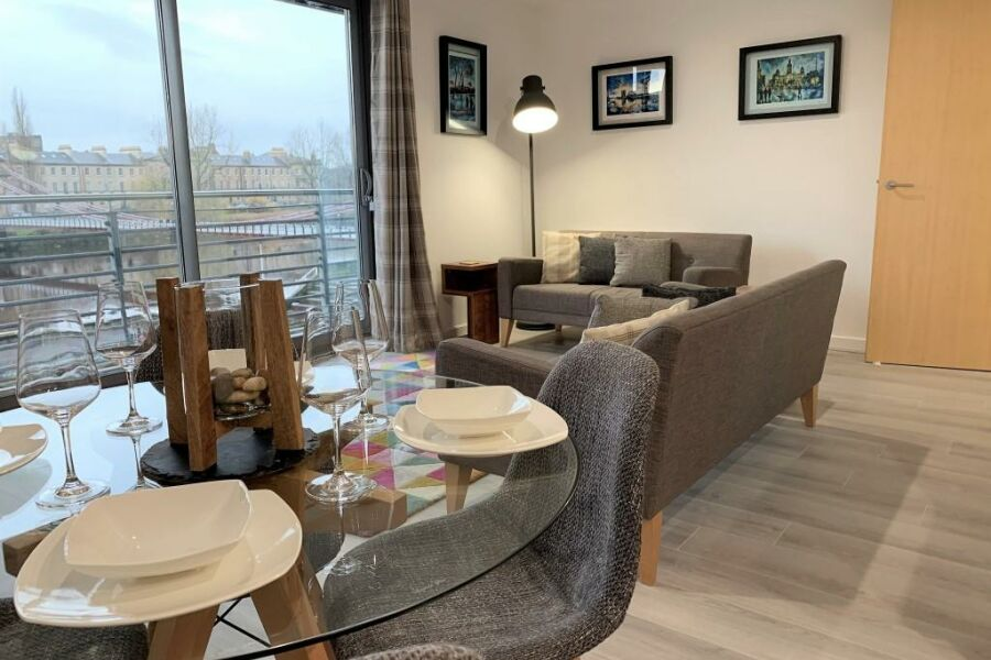 Clyde Waterfront Apartments - Glasgow, United Kingdom