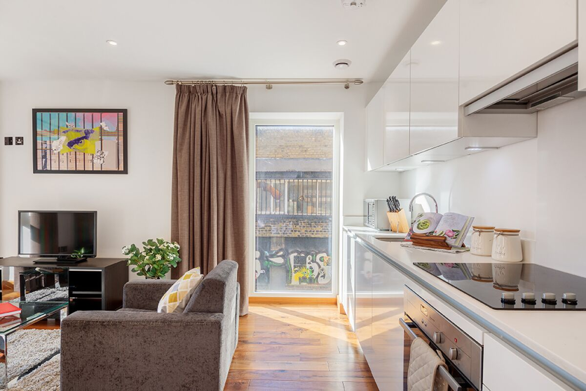 Living and Kitchen Area, Shoreditch Square Serviced Apartments, Shoreditch, The City of London
