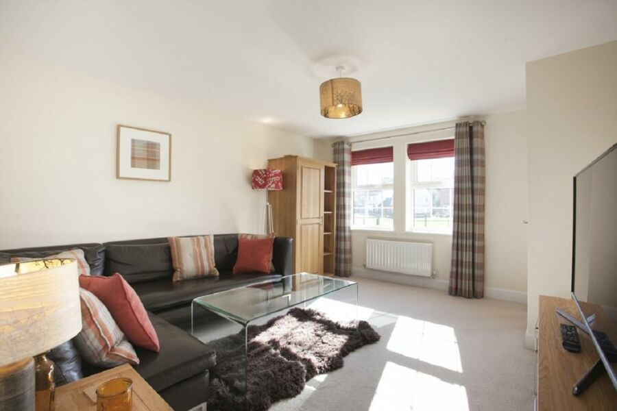 Stretton Apartment - Castle Donington, Derby