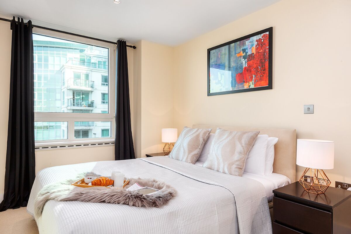 Bedroom, St George Wharf Serviced Apartments, Vauxhall, London