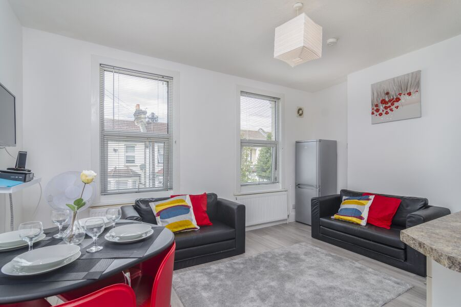Rock Apartment - Plumstead, South East London