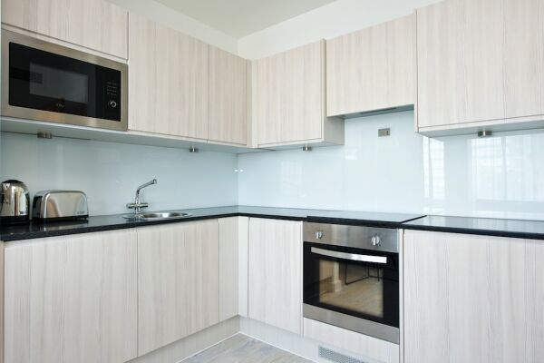 Kitchen, Piccadilly House Serviced Apartments, Manchester