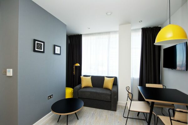 Living Area, Piccadilly House Serviced Apartments, Manchester