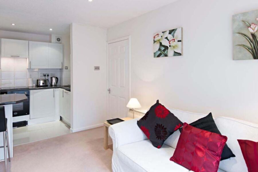 Chatsworth Court Serviced Apartment - St. Albans, United Kingdom