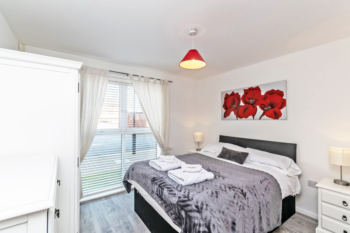 Bedroom, The Racecourse 7  Serviced Apartment, Chester