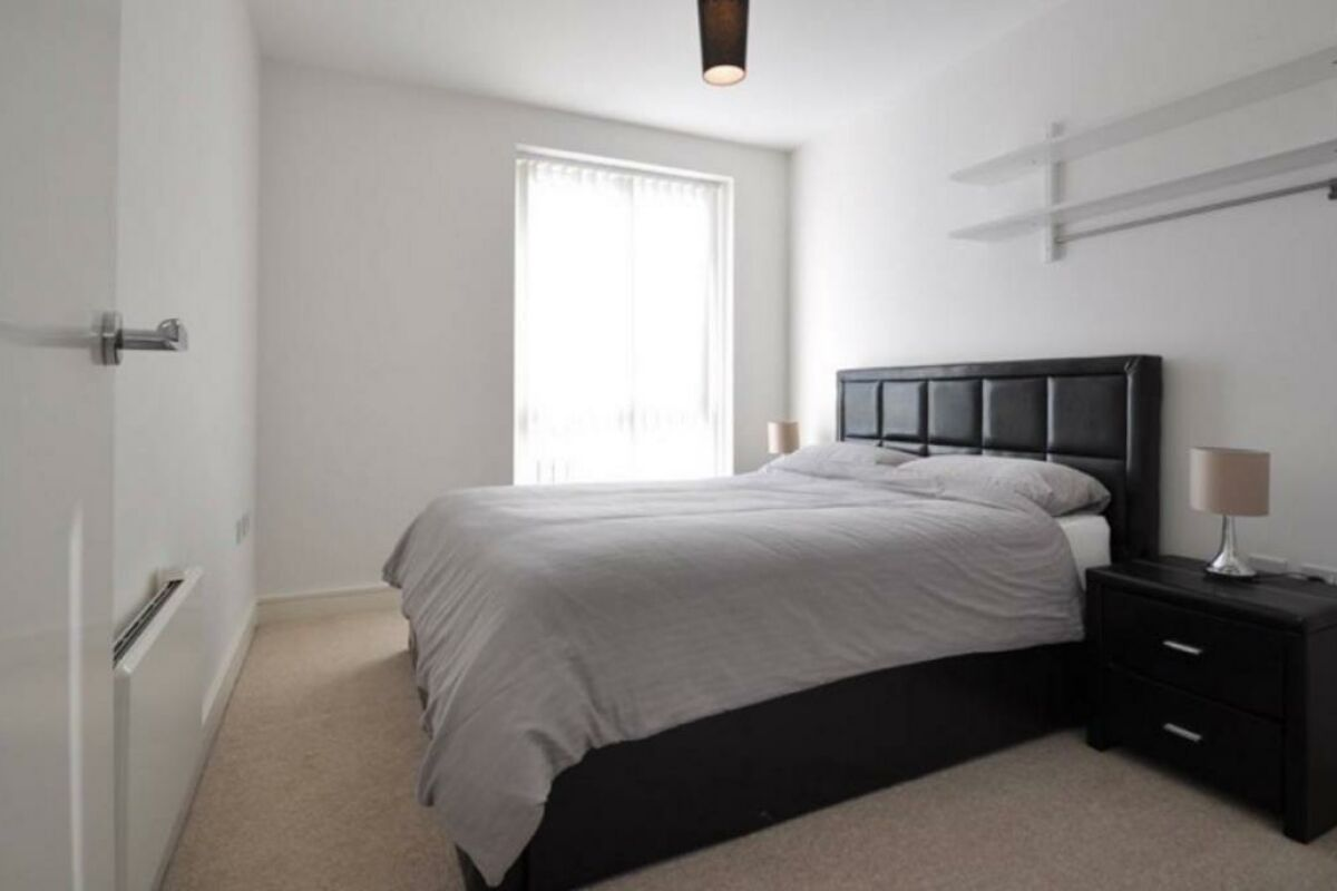 Bedroom, Moor End Serviced Apartments, Hemel Hempstead