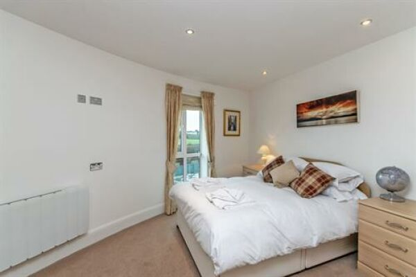 Bedroom, Saddlery Way Serviced Accommodation, Chester