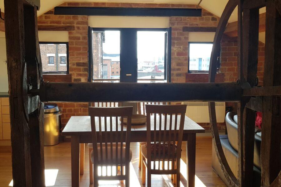 Biddle Shipton Apartment - Gloucester, United Kingdom