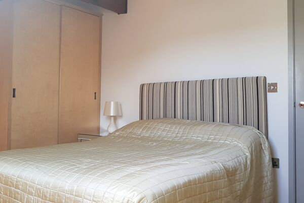 Bedroom, Biddle Shipton Serviced Apartment, Gloucester