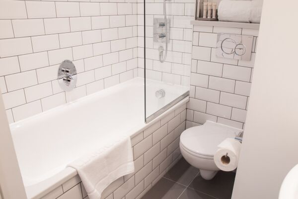 Bathroom, Chandos Place Serviced Apartments, Covent Garden, London