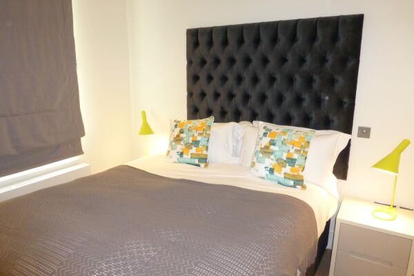 Bedroom, Shaftesbury Avenue Serviced Apartments, Soho, London