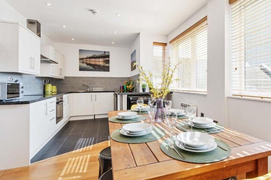 Seaview Heights Apartment - Brighton, United Kingdom