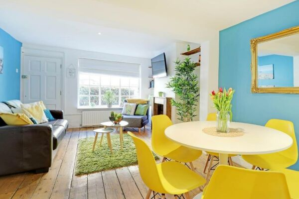 Lounge and Dining area, Sunny Cottage House Serviced Accommodation, Brighton