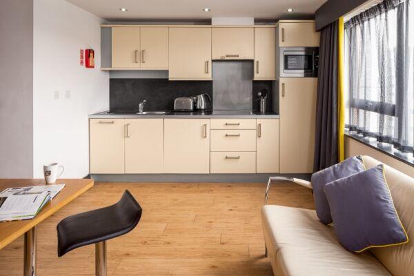 Kitchen, Leeds City West Serviced Apartments, Leeds